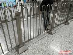 车站不锈钢弧形护栏,车站不锈钢护栏,郑州同创不锈钢护栏生产安装厂家