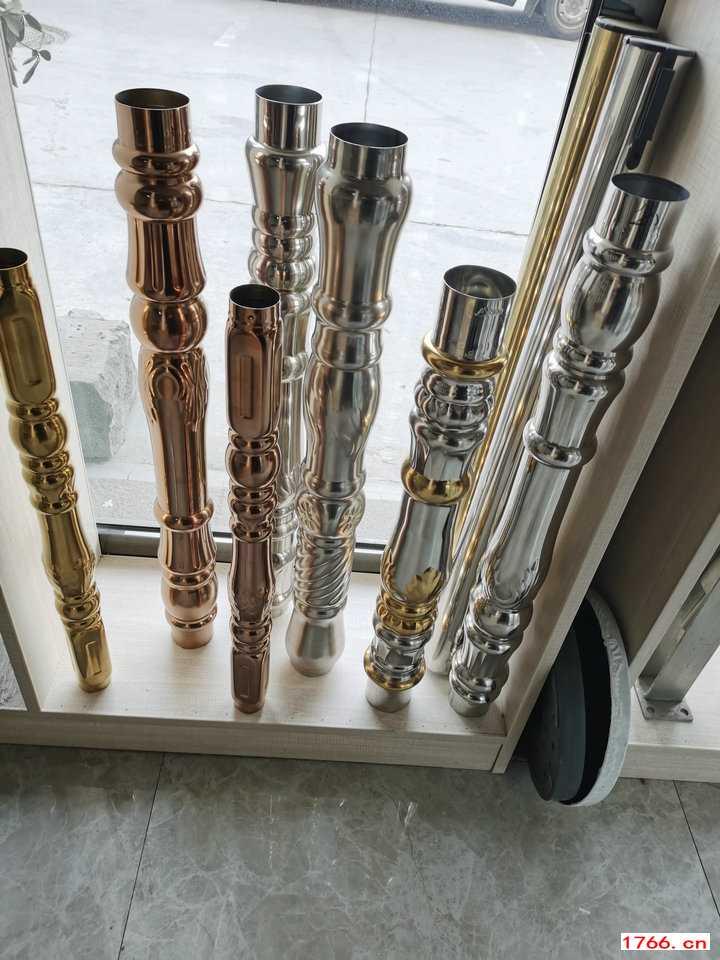 郑州不锈钢楼梯立柱配件