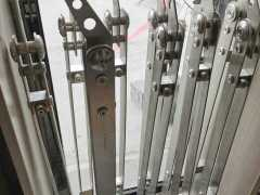 不锈钢楼梯立柱,郑州不锈钢楼梯立柱加工厂