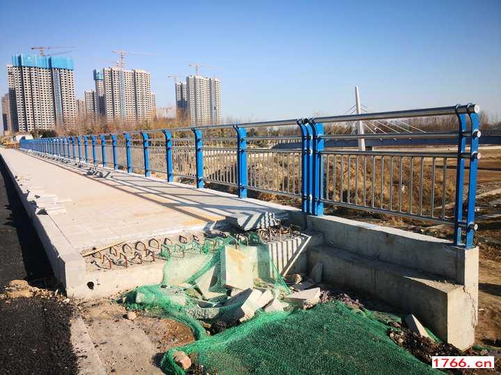 郑州桥梁护栏安装