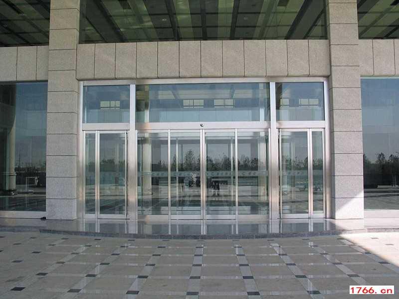 弧形电动玻璃门