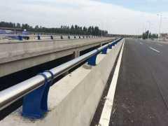 郑州桥梁护栏,郑州桥梁护栏安装,郑州桥梁护栏制作,郑州桥梁护栏价格