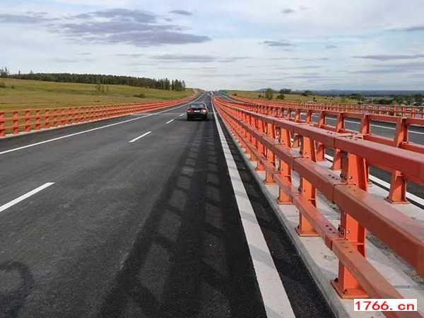 桥梁护栏的防护,郑州桥梁护栏
