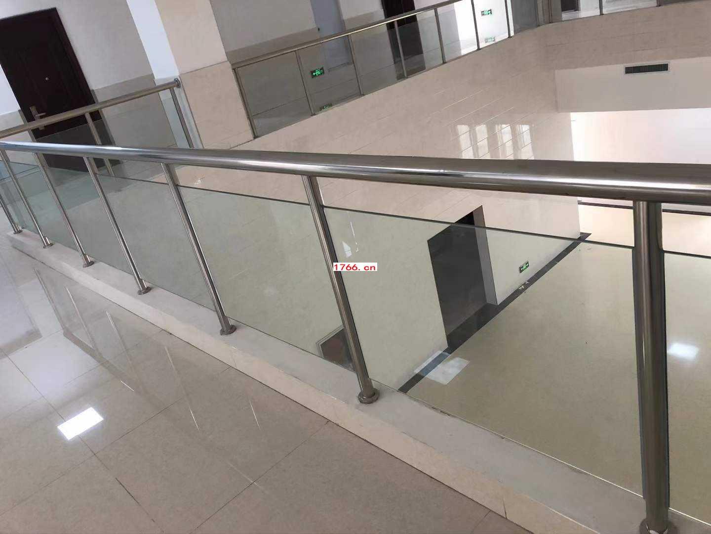 郑州不锈钢玻璃护栏
