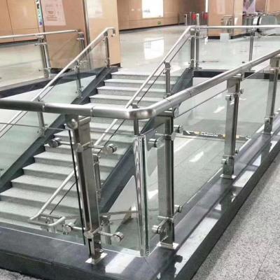 郑州地铁不锈钢护栏安装