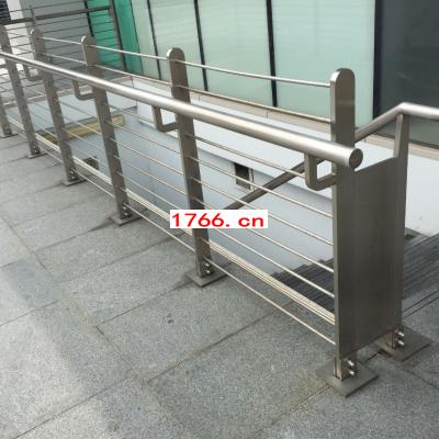 郑州安装玻璃护栏,钢化玻璃护栏安装