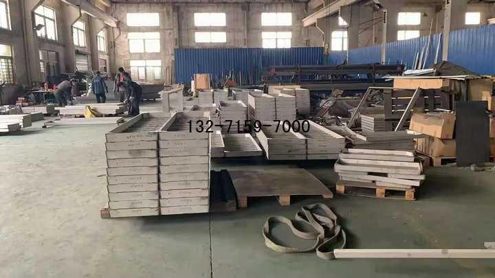 不锈钢井盖加工厂
