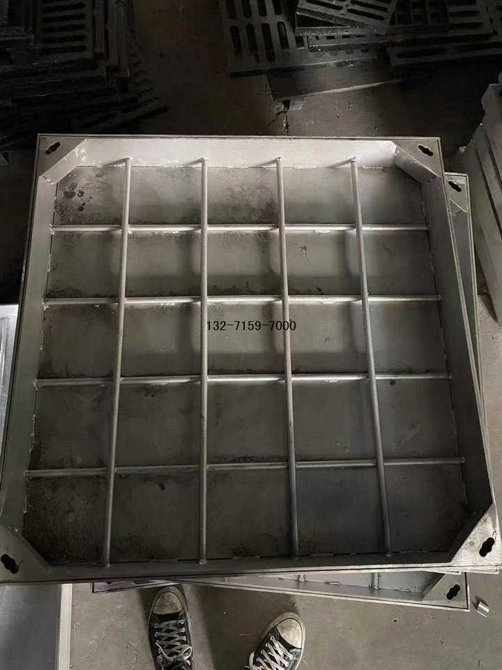不锈钢井盖价格