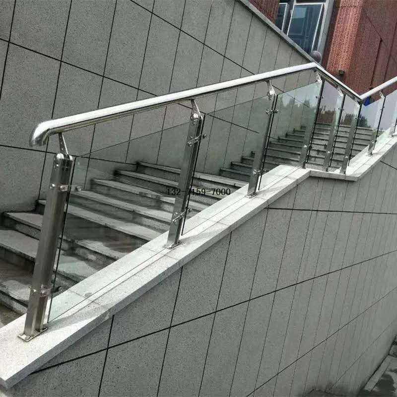 钢化玻璃楼梯护栏