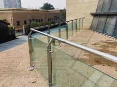 郑州钢化玻璃护栏安装厂家